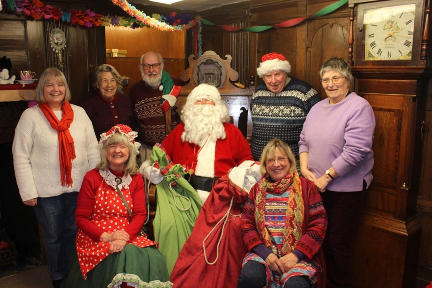 Father Christmas Comes To Tewkesbury In 2017